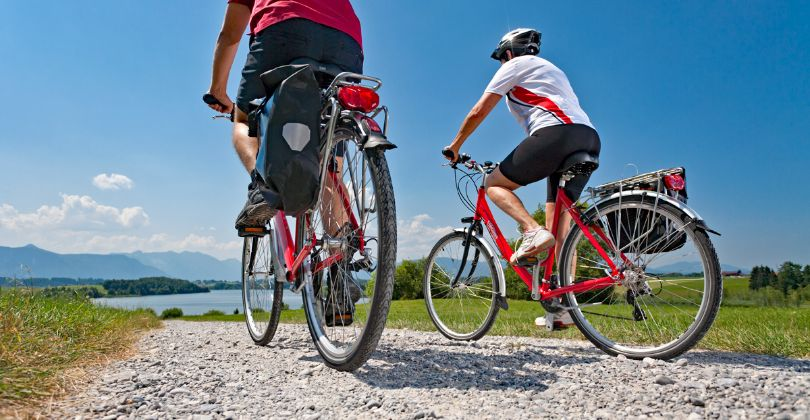 Eurobike guests cycle down to Lake Riegsee