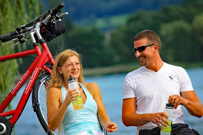 Cyclists having a break at Lake Constance