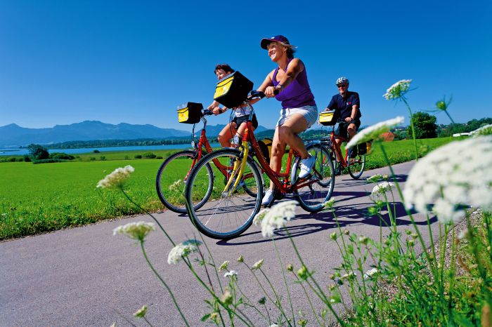 Bikers on the Lake Chiemsee cycle path