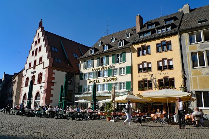 Restaurants am Münsterplatz in Freiburg