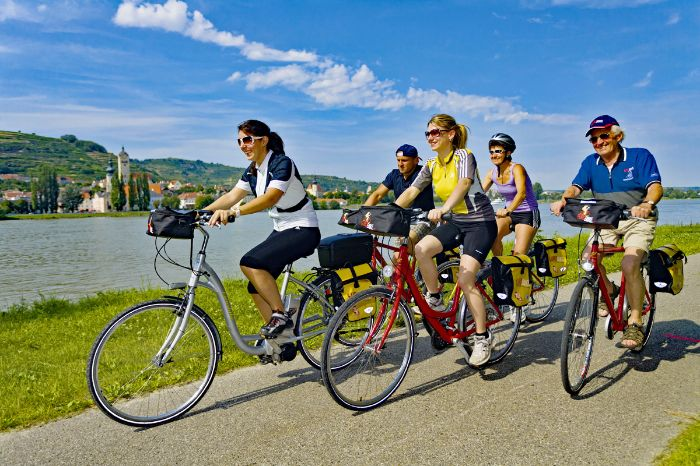 Cyclists on the Danube cycle path