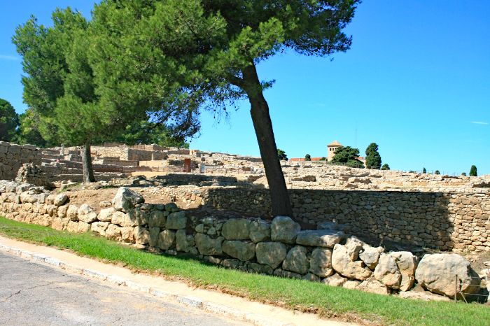 Ruines of empuries with trees