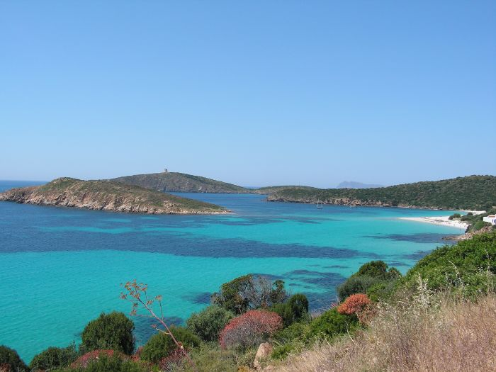 Turquoise sea at the coast