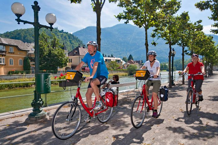 Cyclists on cycle path in Bad Ischl