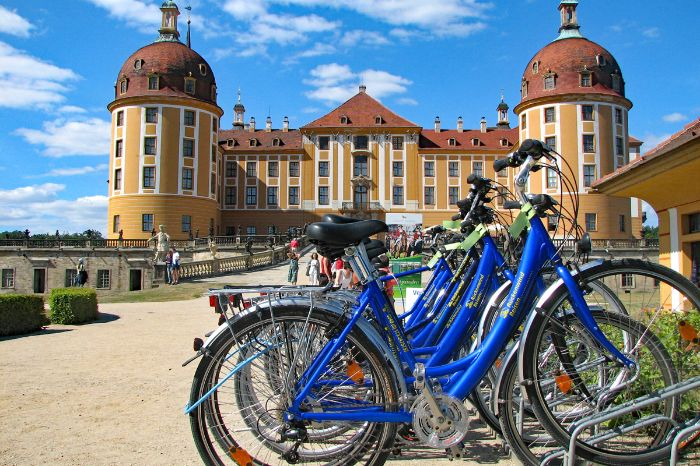 Bikes in front of the Moritzburg in Meißen