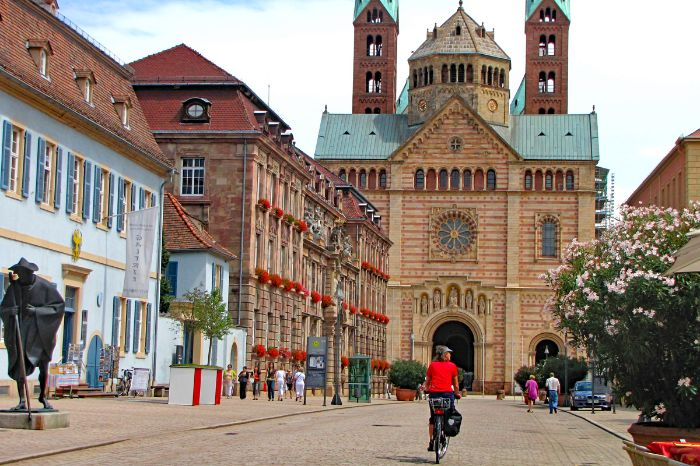 By bike to the cathedral of Speyer