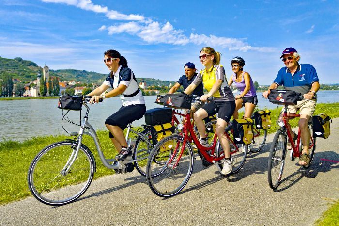 Cyclists at the Danube