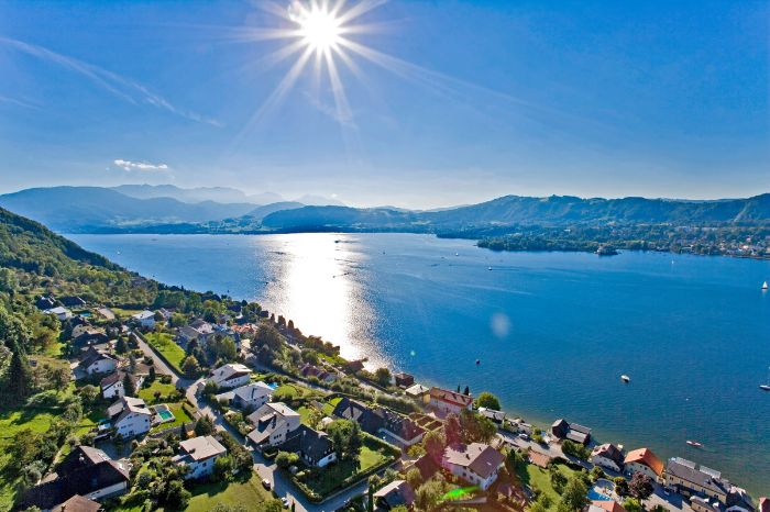 Sun sparcles in Lake Traunsee
