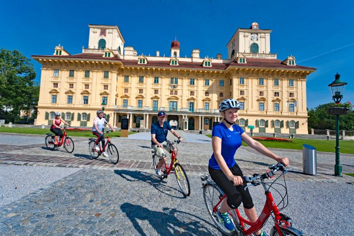 Cyclists in front of castle Esterhazy