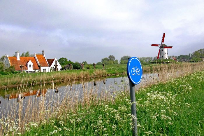 Canal - Windmill