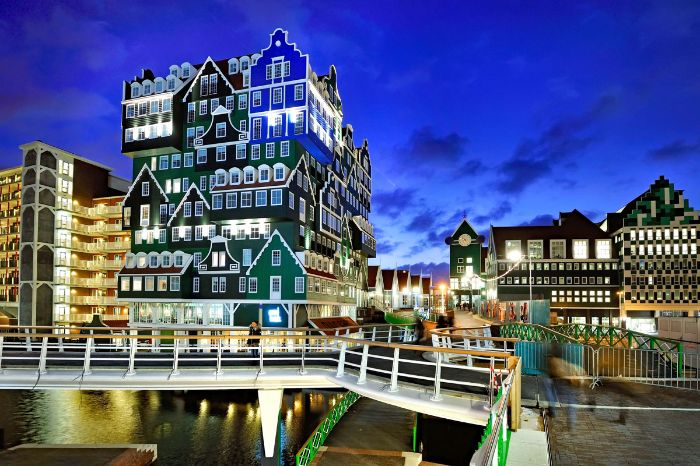City of Zaandam - Hotel